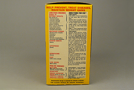 Side of box of Terramycin powder with instructions for use.