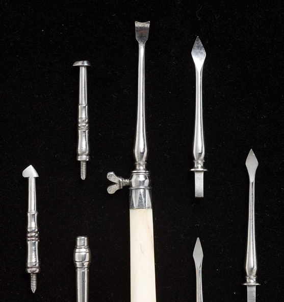Photo of dental scaler set