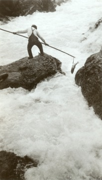 Native American Fishing for Salmon