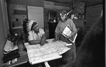 Frank Allen and Esther Ross plan tribal fish-in, 1968